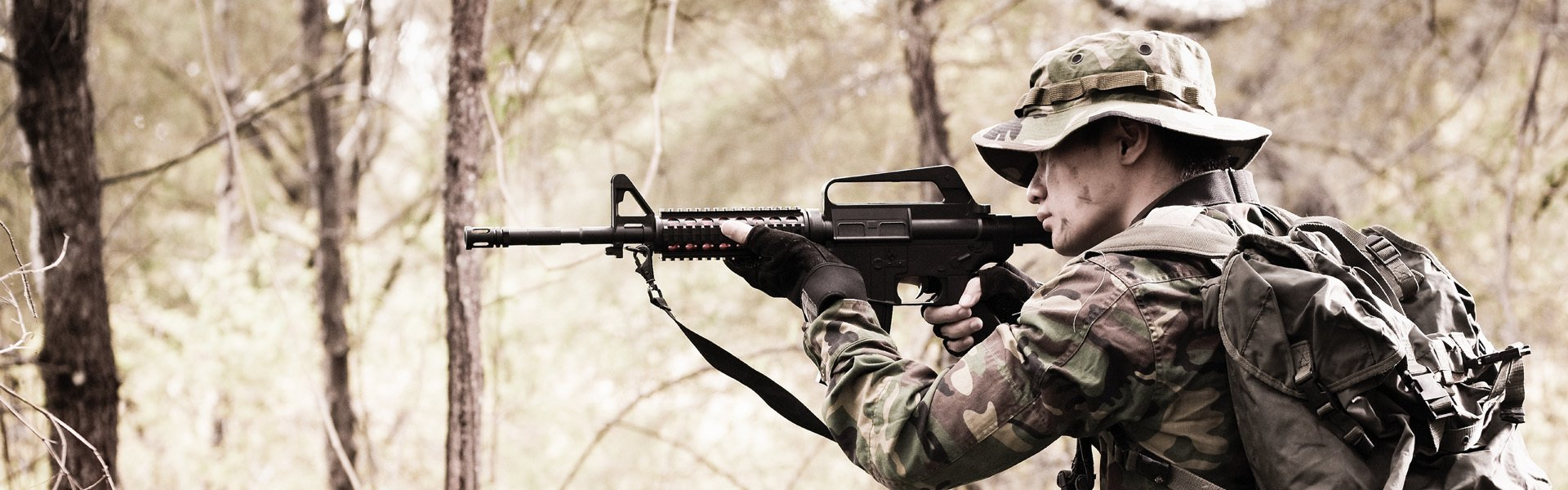 Soldier-Standing-with-M16